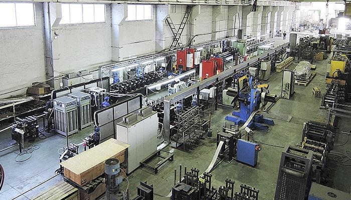 Фото главного цеха производства полотенцесушителей